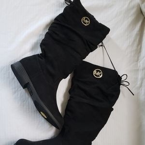 New MK boogie boots